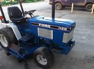 1120 - Fiche technique Ford 1120