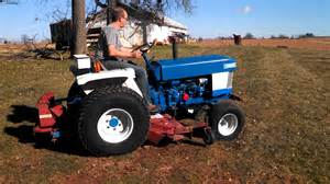 tracteur Ford 1510
