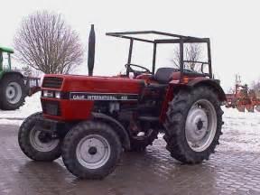 tracteur IH 433
