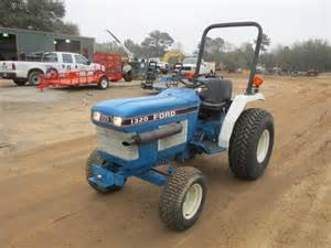 tracteur New Holland 1320
