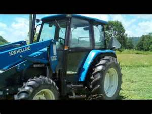 tracteur New Holland 4835