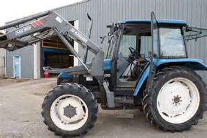 tracteur New Holland 5635