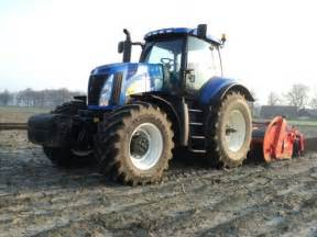 8010 - Fiche technique New Holland 8010