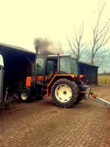tracteur Renault 77-12 TS