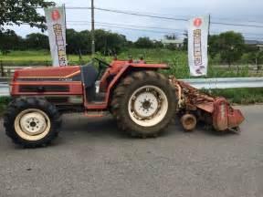 tracteur Yanmar FX305